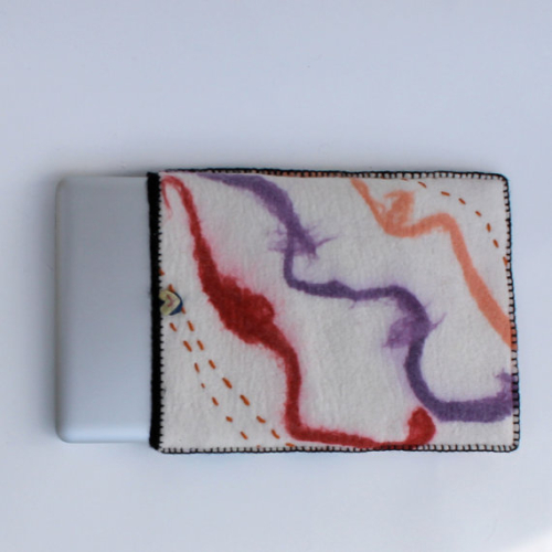 felted_laptop_cover